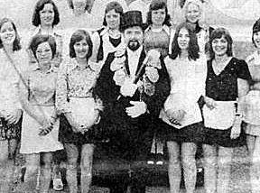 Brötchesmädchen 1973: König:Heinz Bach Foto:Thomas Schaaf
