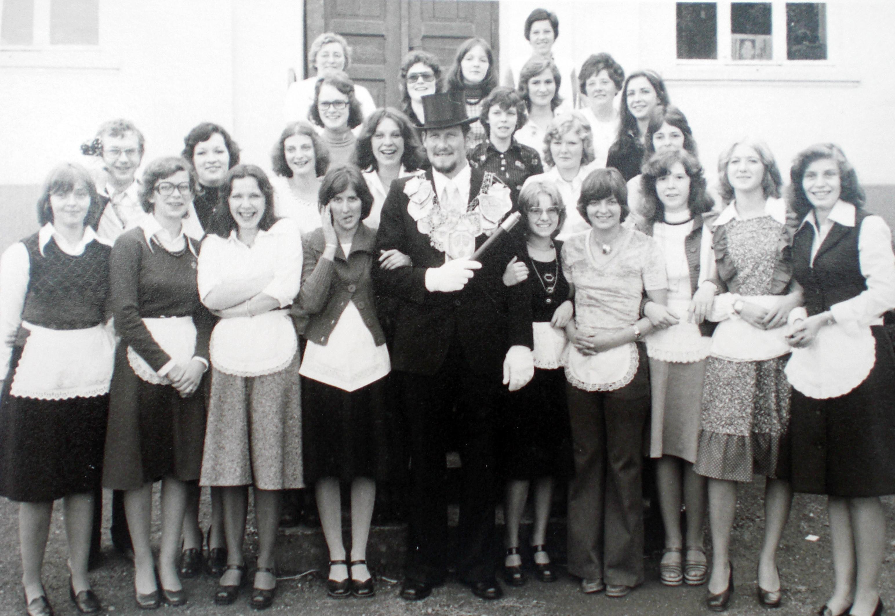 Brötchesmädchen 1975: König:Reinhard Schütz Foto:Doris Efferz