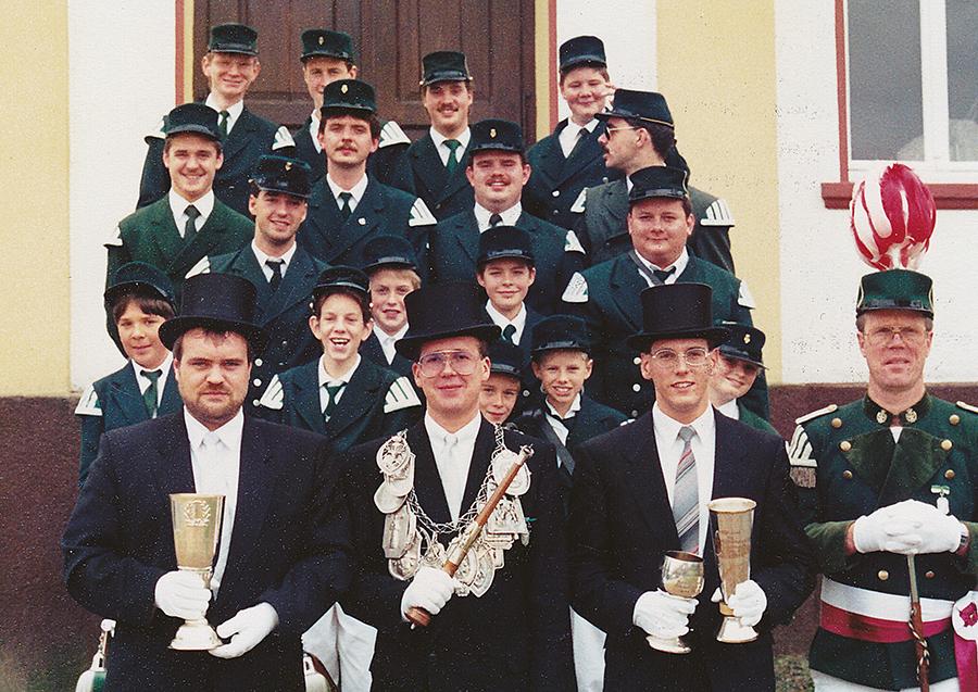 Tambourcorps an Kirmesmontag 1990: Foto:Peter-Josef Schütz