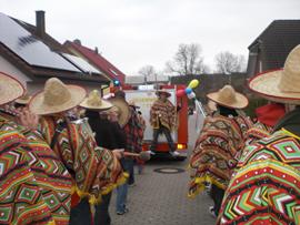 Das vereinseigene Tambourcorps spielte auf dem Umzug in Holzweiler/Vettelhofen. Foto: JSG Lantershofen