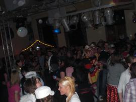 Während der Karnevalsparty herrschte gute Stimmung im Saal. Foto: JSG Lantershofen