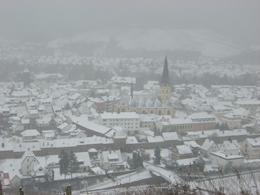 Auch im Ahrweiler Tal haben sich die Schneeflocken niedergelegt. Foto: JSG Lantershofen