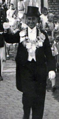 Schützenkönig Heinz Bach. Foto: Helmut Kappen