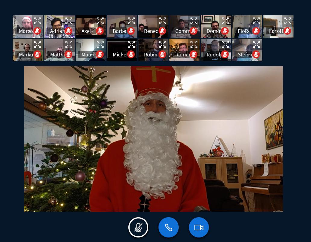 Auch der Nikolaus ist digital und stattet der Weihnachtsfeier einen Besuch ab. Foto: JSG Lantershofen