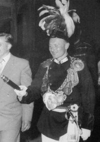 Heinz Dünker als Schützenkönig 1956. Foto: Heinz Dünker